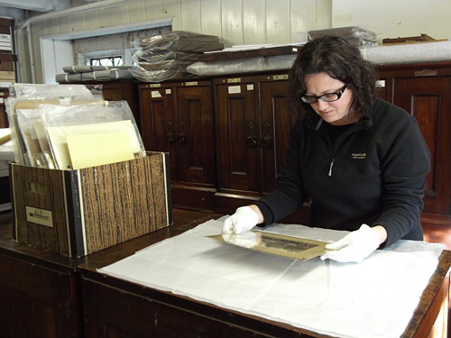 Researching photography collections